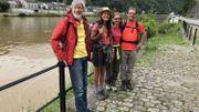 Bart Burman d'Anvers accompagne Li An Phoa pour un bout de chemin. Rachel Klein partage les préoccupations de la jeune néerlandaise. Et Thomas Rossi, son compagnon, s'occupe de la logistique.