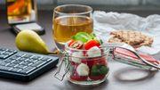 """Plus d'un salarié sur trois souhaiterait pouvoir se procurer des produits alimentaires """"plus sains"""" au bureau"""