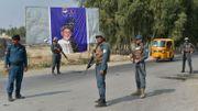 Les forces de l'ordre sécurisent les abords de Jalalabad en vue des élections.