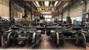 L'atelier de Salzinnes est le plus grand atelier de Wallonie. On y procède à l'entretien, aux réparations et à la modernisation des trains.