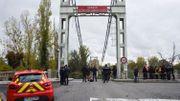 Pont effondré près de Toulouse: le camion pesait plus de 40 tonnes, plus du double du poids maximal autorisé