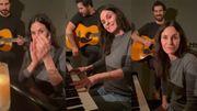 Courteney Cox apprend le piano sur le générique de Friends et Olivia Rodrigo