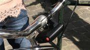 Le boitier à monter sur le vélo est léger et discret