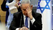 """Benjamin Netanyahu mis en examen: le Premier ministre israélien dénonce un """"coup d'Etat"""""""