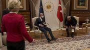 Quand un canapé remet en question la diplomatie européenne