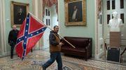 Le drapeau des Etats confédérés, symbole raciste pour les historiens contemporains.