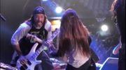 Trujillo rejoint son fils avec Korn