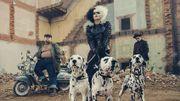 """Cruella"", Emma Stone VS Emma Thompson dans un Disney sombre aux accents punk"
