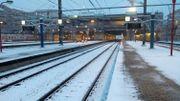 La neige sur les quais de la gare de Namur ce mercredi 30 janvier.