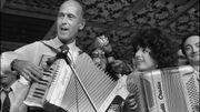 Avec Giscard lors de sa campagne, en 1973, à Montmorency