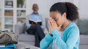 Chez les filles, la puberté précoce favoriserait l'apparition des migraines