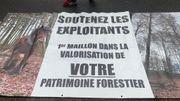 """Manifestation secteur """"bois"""" à Namur : l'Avenue Prince de Liège bloquée"""