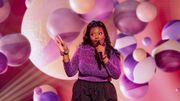 The Voice 2021: Jennifer prône l'acceptation de soi en reprenant un hymne de Lizzo!