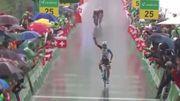 Pozzovivo remporte la 6e étape en solitaire et prend la tête du classement