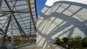 Daniel Buren rhabille la Fondation Louis Vuitton