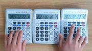 Spécialiste des reprises avec calculatrices, il s'attaque à Daft Punk