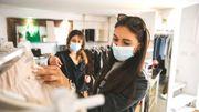 C'est pas fini, le débat : depuis la crise du covid, fréquentez-vous moins les magasins ?