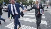 """Kris Peeters renvoie la balle à Theo Francken : """"Il faut d'abord accueillir et enregistrer correctement les gens"""""""
