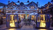 Des télécabines transformées en salles de restaurant privées dans les airs