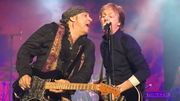 McCartney sur scène avec Van Zandt