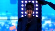 """Sara De Paduwa et l'équipe du """"6-8"""" plongés dans le noir en plein direct"""
