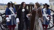 """""""Versailles"""" en deuil, cela va de mal en pis pour Louis"""