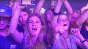 Toute la ferveur des fans du premier rang dans cette vidéo live de 'Never Be Like You' de Flume