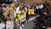 Eddy Merckx au départ à Binche