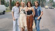 """""""Dancing Queen"""" de ABBA : pourquoi est-elle qualifiée de chanson 'royale' ?"""