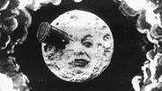 """Un voyage autour de la Lune ? Deux """"touristes"""" ont déjà réservé !"""
