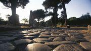 """Sur la Via Appia avec l'écrivain Paolo Rumiz : un """"voyage de merveilles et d'indignation"""""""