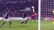 """Le petit bijou à la retourne de De Jong avec """"l'invincible PSV"""""""