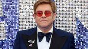 """Elton John critique """"l'hypocrisie"""" du Vatican"""