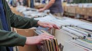 Musique : pourquoi le prix des vinyles ne cesse-t-il d'augmenter?