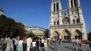 Un cabinet d'architectes propose un projet de cathédrale éphémère devant Notre-Dame de Paris