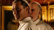 "Jude Law et John Malkovich en tenue papale sur la première photo de ""The New Pope"""