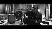 Liam Gallagher partage un titre inédit en acoustique