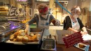 Contre la solitude, un café viennois lance une internationale de grands-mères