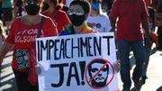 Coronavirus : les Brésiliens de nouveau dans la rue pour réclamer la destitution de Bolsonaro