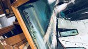 Au S.P.F. Finances, près plus de 80 toiles sont stockées au sous-sol du batiment