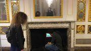 """Avec """"Illuminations"""", la vidéaste Babi Avelino investit la salle dorée très 18e de l'hôtel de Hayme de Bomal"""