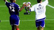 Henry - Pirès ont mérité un tour d'honneur avec le trophée