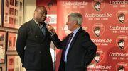 Basile Boli interviewé lors de la soirée du trophée Raymond Goethals