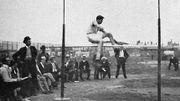 Ray Ewry à la hauteur sans élan, aux JO de 1904