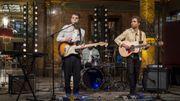 Delta joue dans un live entraînant à l'Hôtel Métropole, les singles de son prochain album