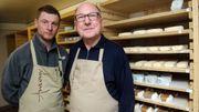 """Bernard Antony, affineur star: """"Défendre les fromages"""" dans un monde """"aseptisé"""""""