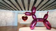 """""""Jeff Koons Mucem"""": Quand le roi du kitsch côtoie les arts populaires de Marseille"""