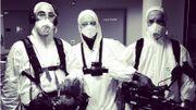 Thomas Rorive, Garry Wantiez et Lazlo Bottiglieri en plein tournage de leur reportage « Covid 19 - immersion aux soins intensifs »