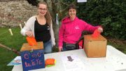Lorie et Marie ont abordé le thème des élections avec les jeunes qu'elles encadrent