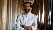 Classement des ventes de livres : Joël Dicker cède la première place à Cyril Lignac